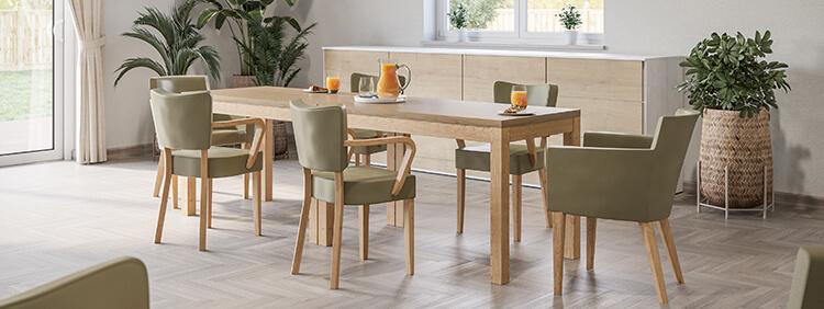 Indoor Holztische für Gastronomie oder Hotellerie